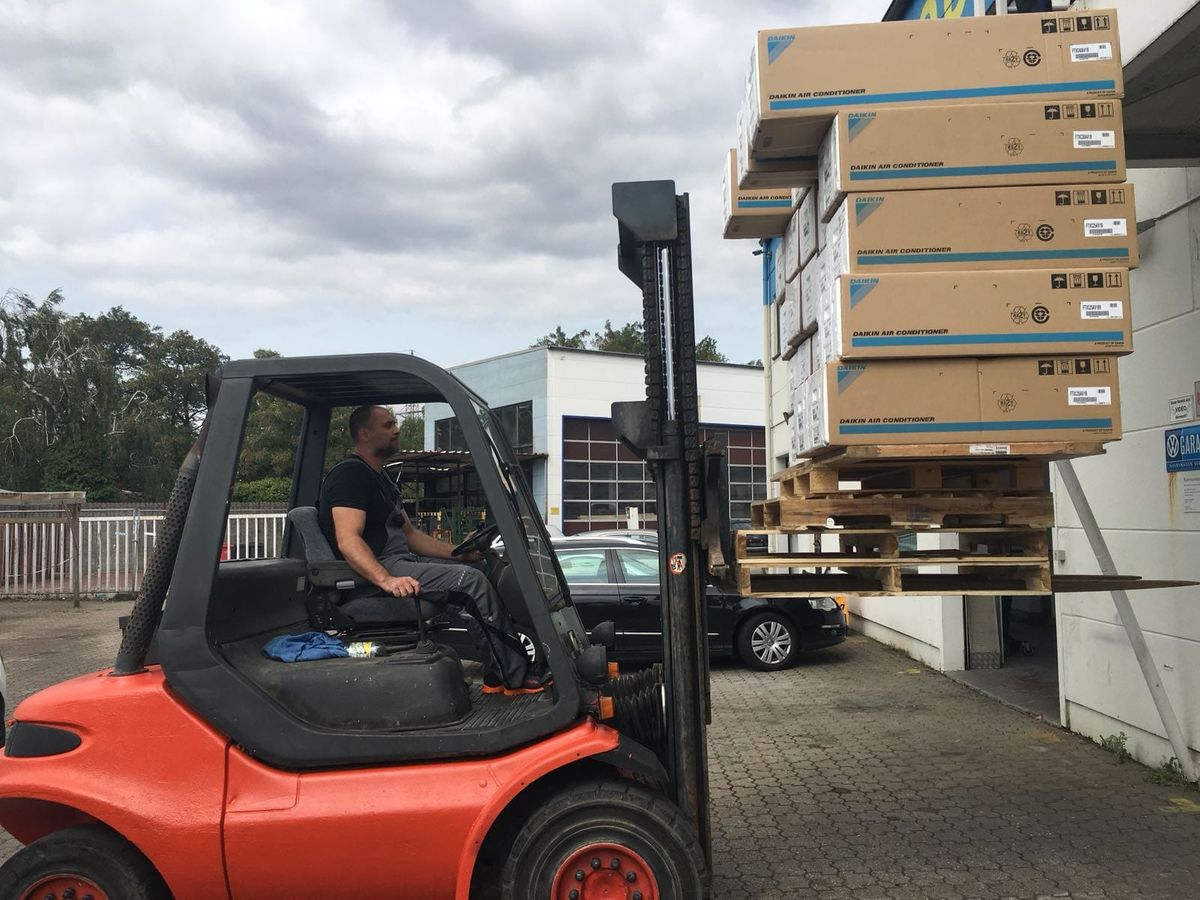 strago_gmbh_muelheim_transport_autotransport_logistik